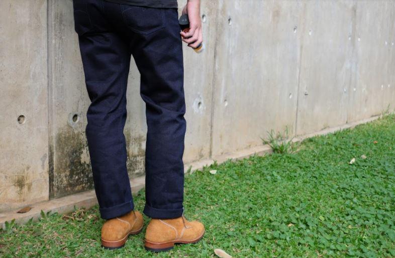 Inilah Item Pendukung Jeans Kalian untuk Tampil Keren